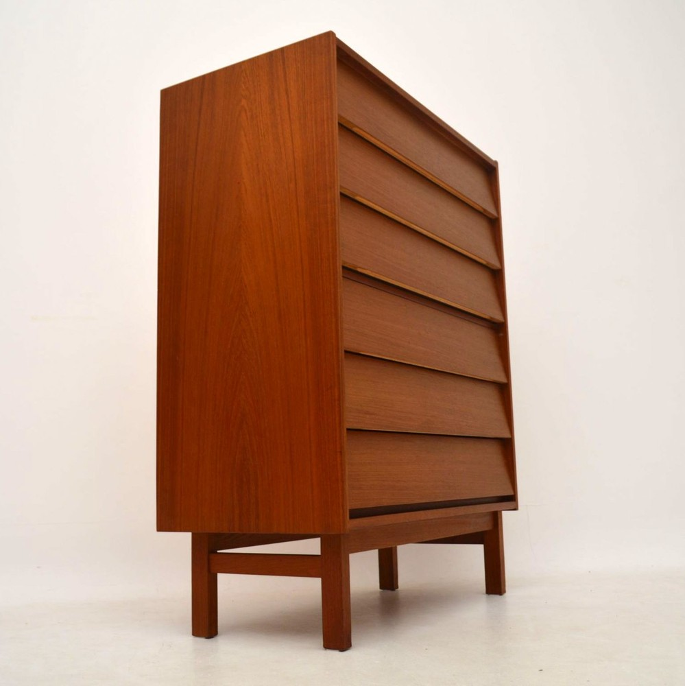 Danish teak retro chest of drawers by fredericia vintage for Retro furniture