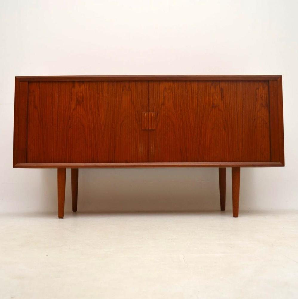 danish teak retro sideboard by svend aage larsen vintage. Black Bedroom Furniture Sets. Home Design Ideas