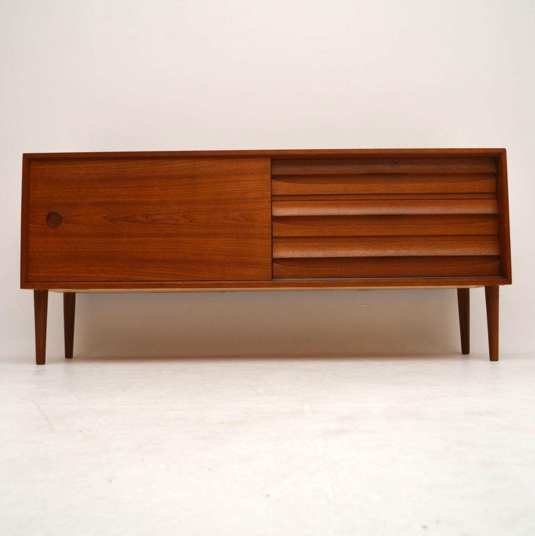 danish teak retro sideboard vintage 1960 s retrospective. Black Bedroom Furniture Sets. Home Design Ideas