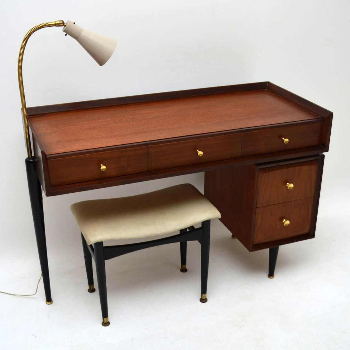 Retro mahogany desk dressing table with lamp vintage for Retro dressing table