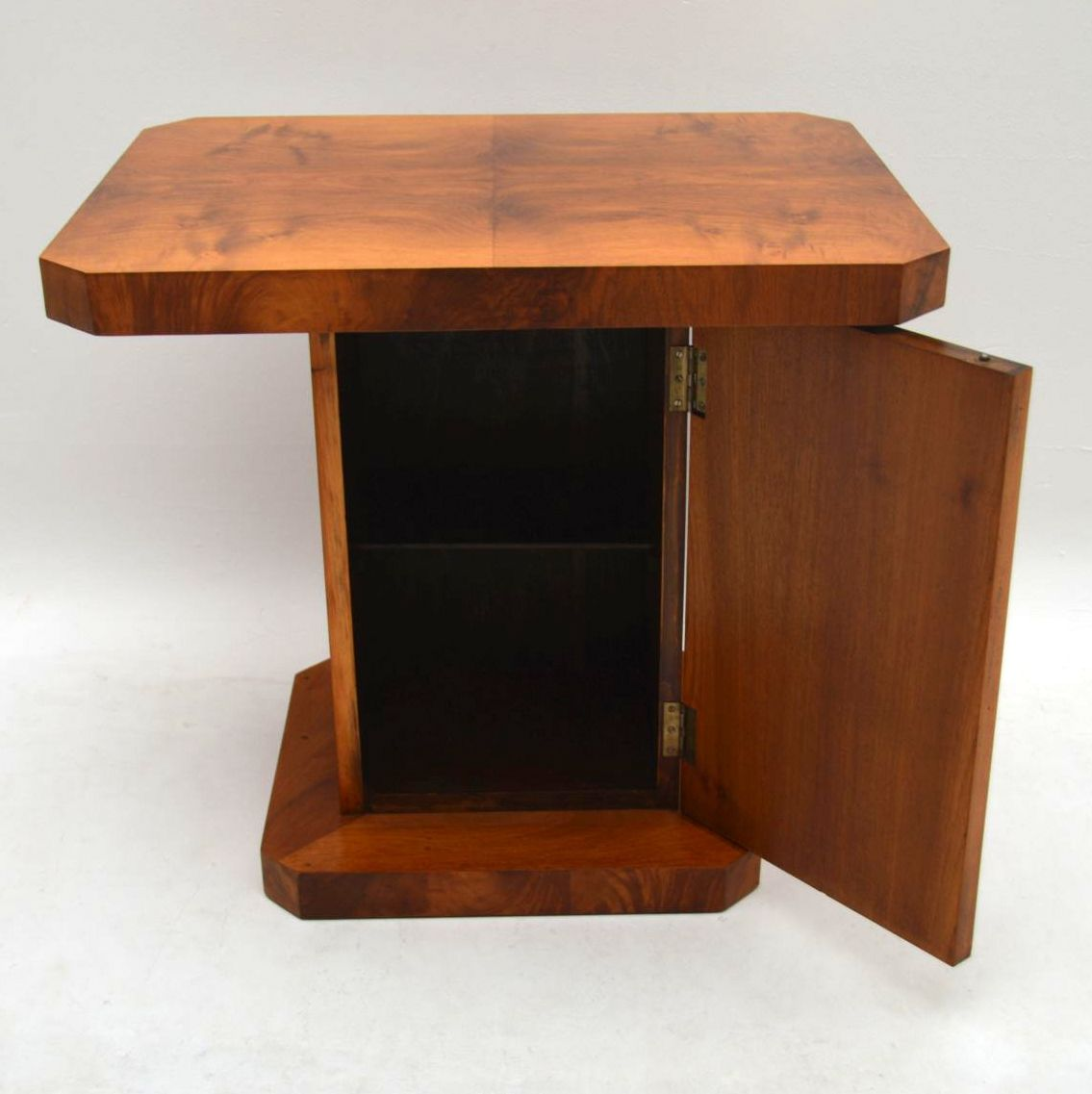 Art Deco Figured Walnut Coffee Table / Cabinet Vintage