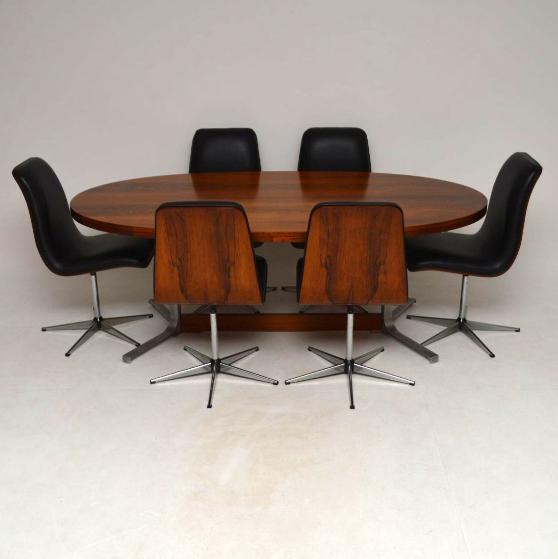 1960 S Vintage Rosewood Dining Table Chairs By Robert Heritage For Archie Shine