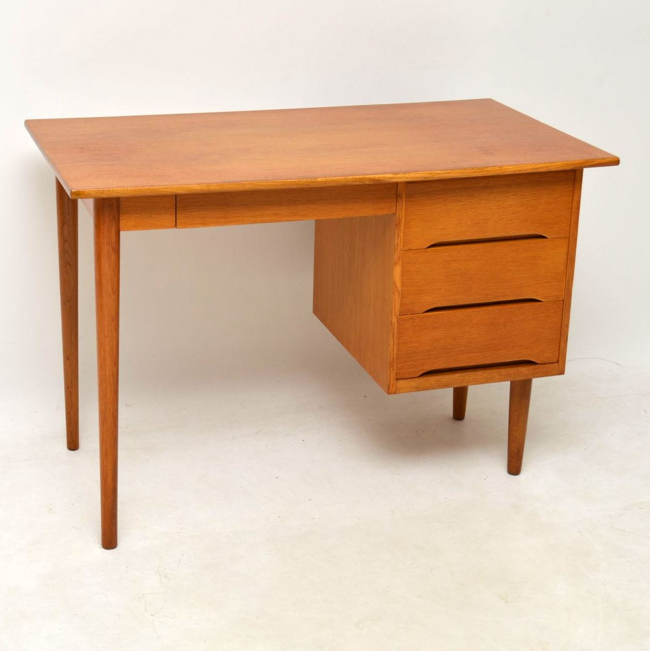 1950 S Danish Vintage Oak Desk Retrospective Interiors