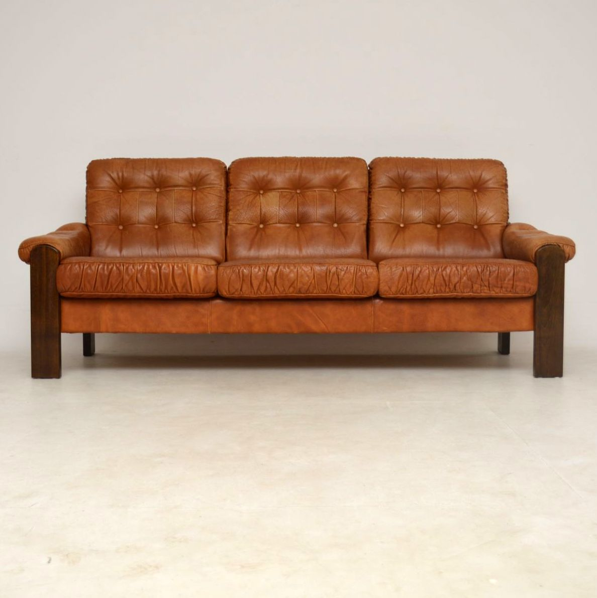 Second Hand Leather Sofas Gosport: Leather Sofa Second Hand Second Hand Leather Chairs Home