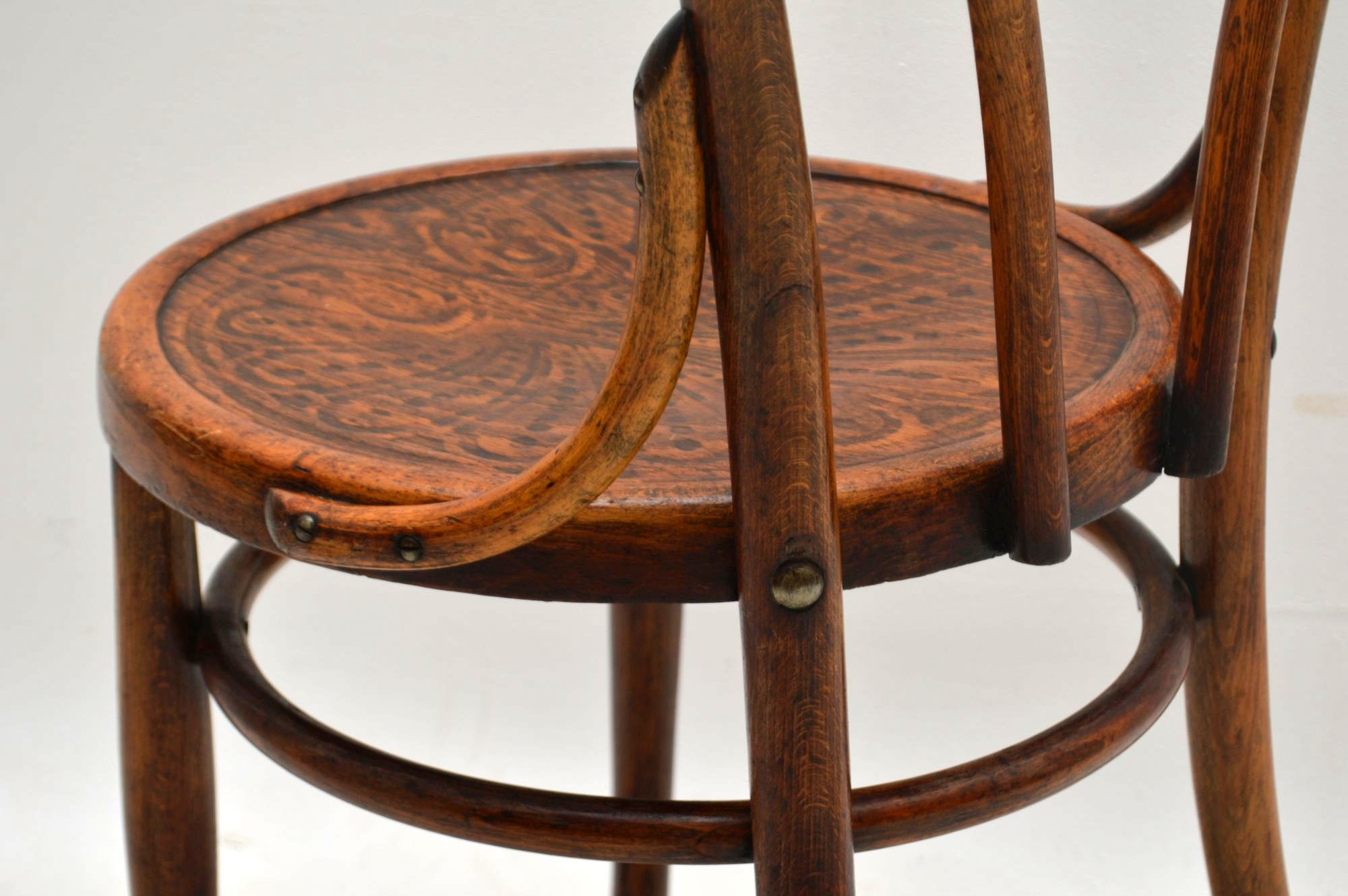 Hand Carried Chair >> Antique Vintage Bentwood Thonet Cafe Chair | Retrospective ...