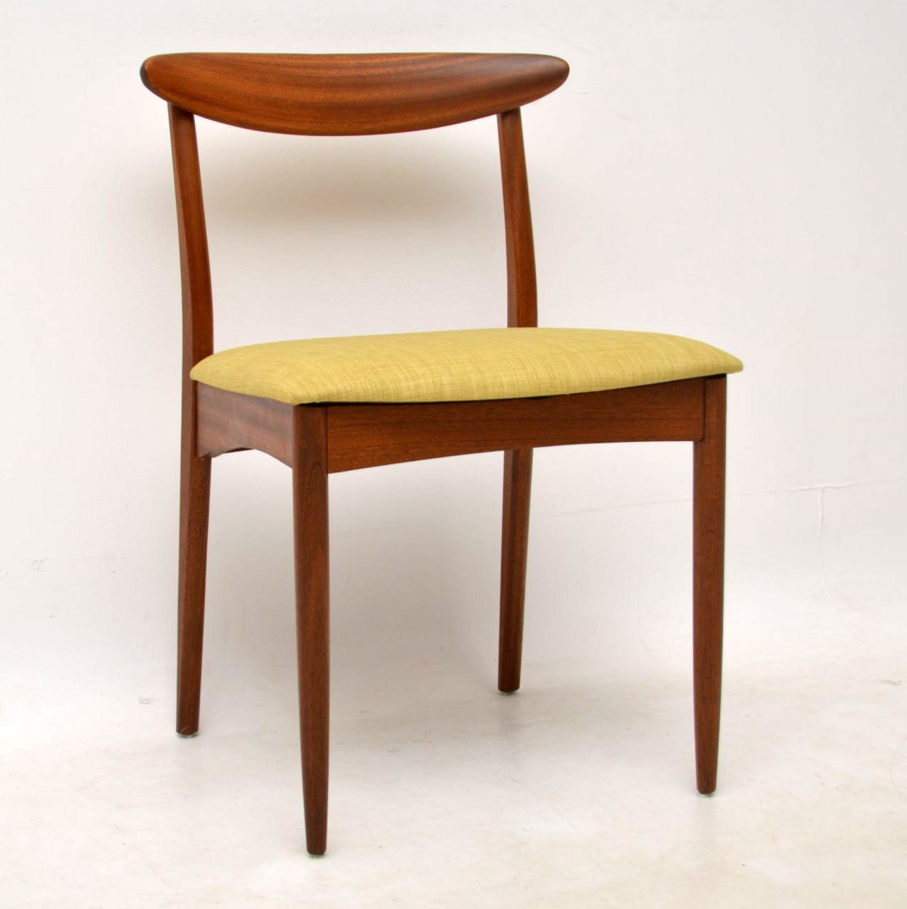 1960 S Teak Dining Table And 6 Chairs By Greaves Amp Thomas Retrospective Interiors