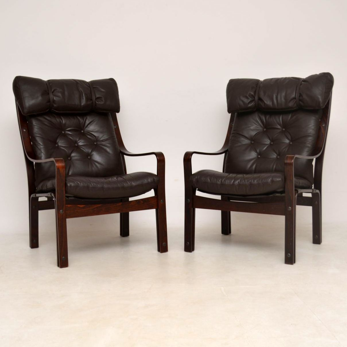 1970's Pair of Vintage Danish Leather Armchairs ...