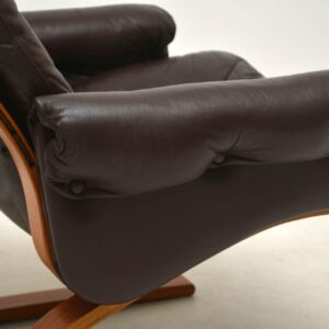 1970's Vintage Leather and Rosewood Kengu Armchair by Rykken & Co.