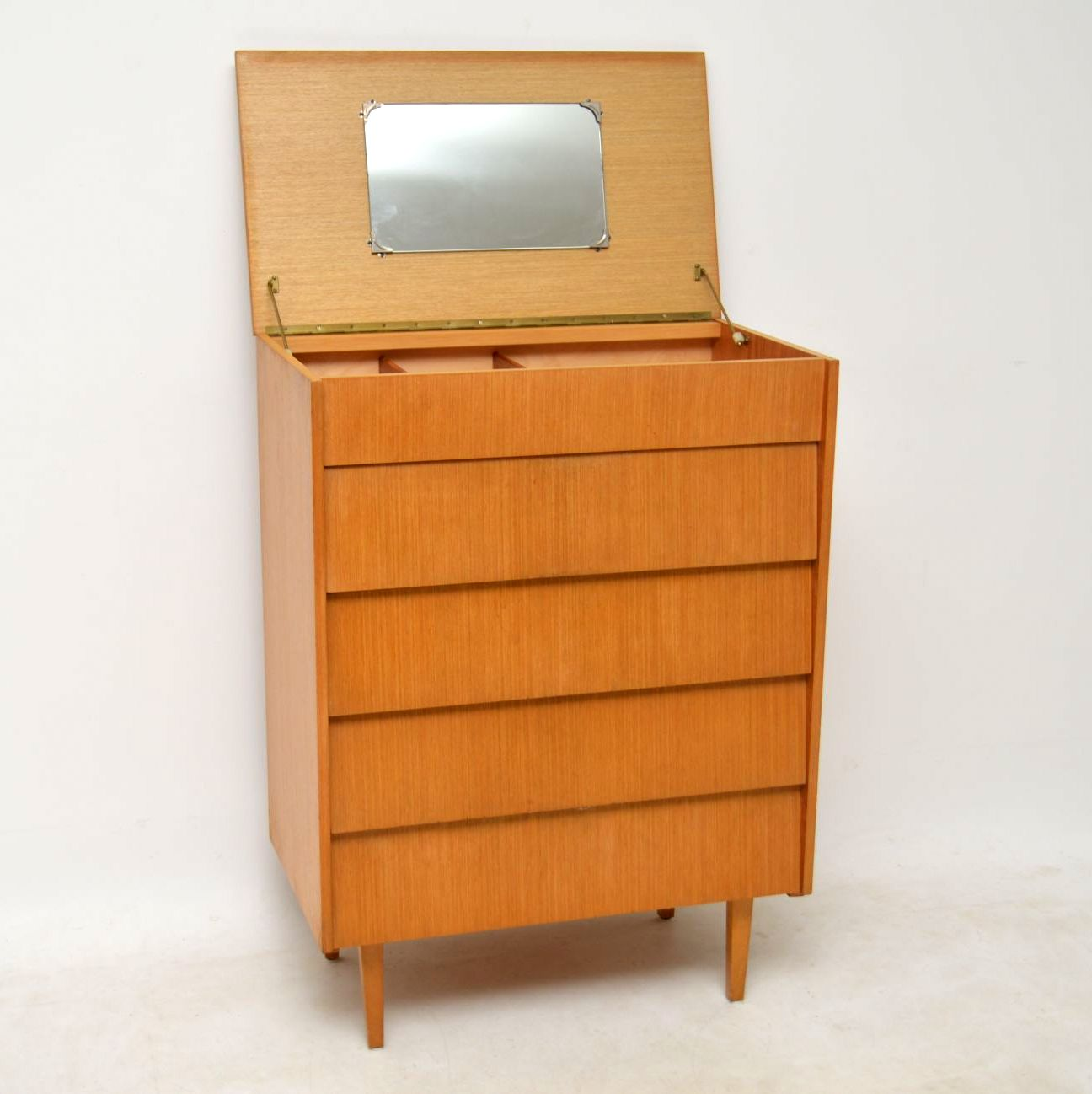 1950 S Vintage Vanity Chest Of Drawers With Mirror