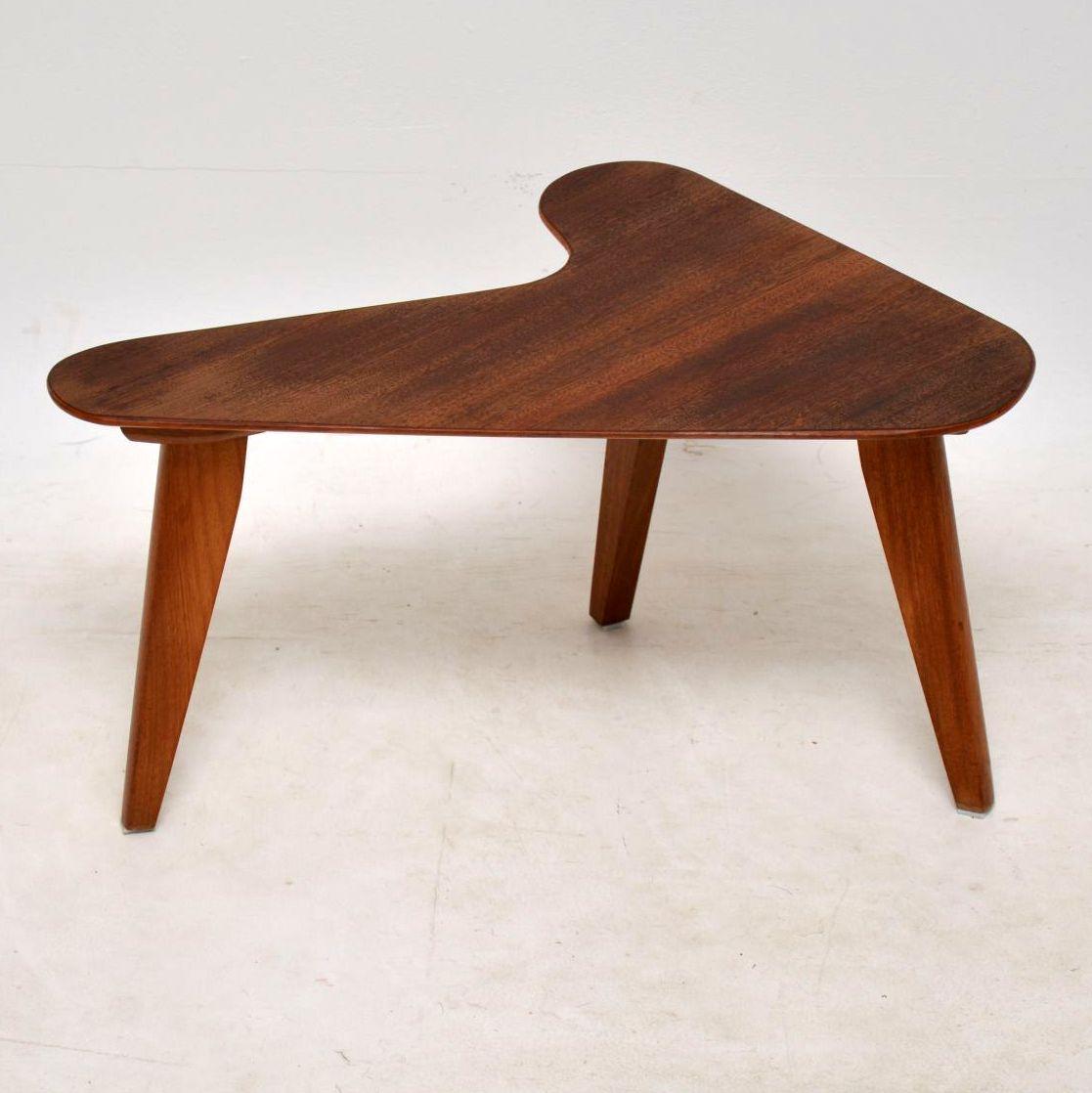 1950u0027s Vintage Walnut Boomerang Table