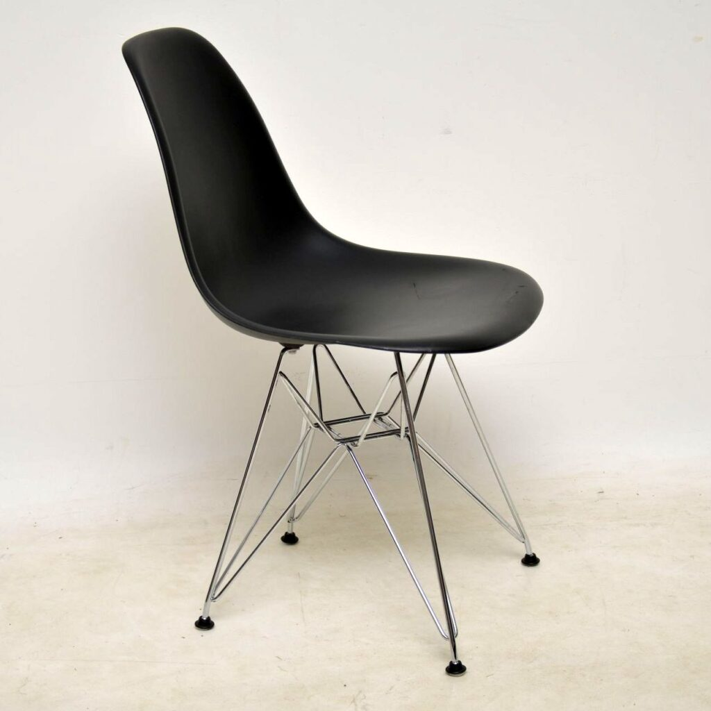 eames plastic shell chair