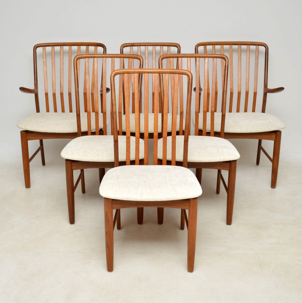 1960 S Vintage Set Of 6 Danish Teak Dining Chairs By Svend Aage Madsen Retrospective Interiors Retro Furniture Vintage Mid Century Furniture Vintage Danish Modern Furniture Antique Furniture London