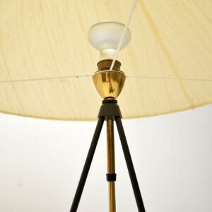 vintag rise and fall telescpoic tripod lamp