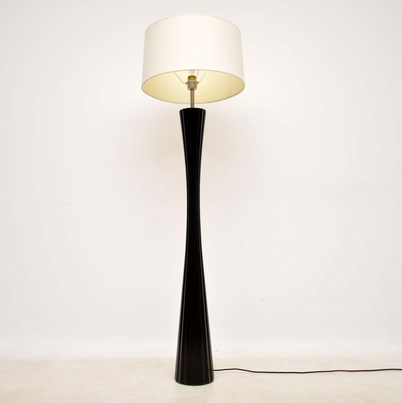 vintage french lacquered lamp 1970s