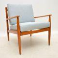 pairof_retro_danish_vintage_armchairs_11