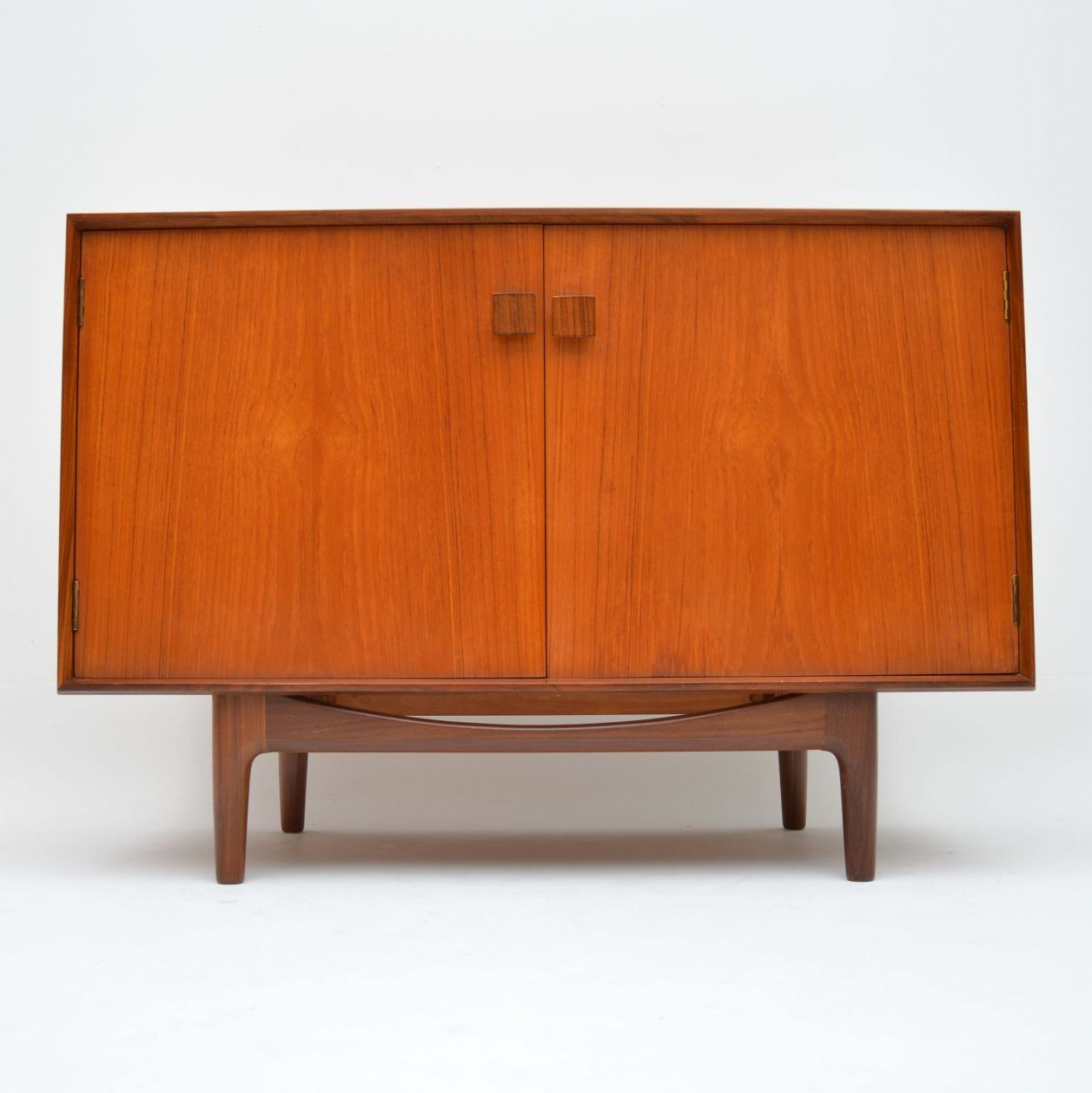 danish_teak_sideboard_cabinet_kofod_larsen_1