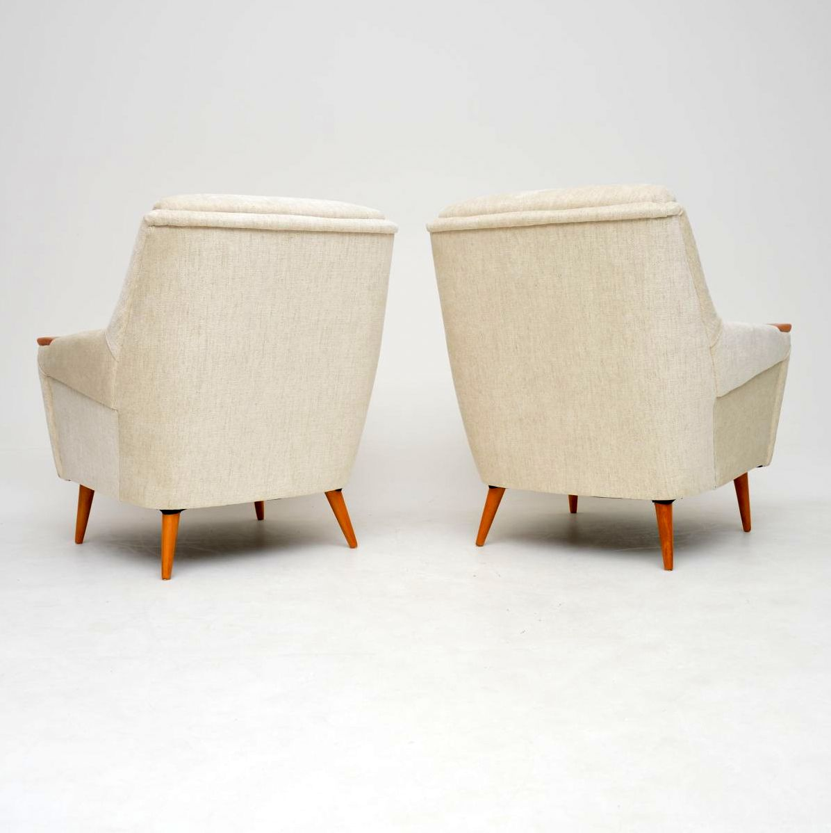 pair_vintage_retro_danish_armchairs_7