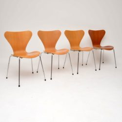 Set of Four Vintage Series 7 Chairs by Arne Jacobsen for Fritz Hansen