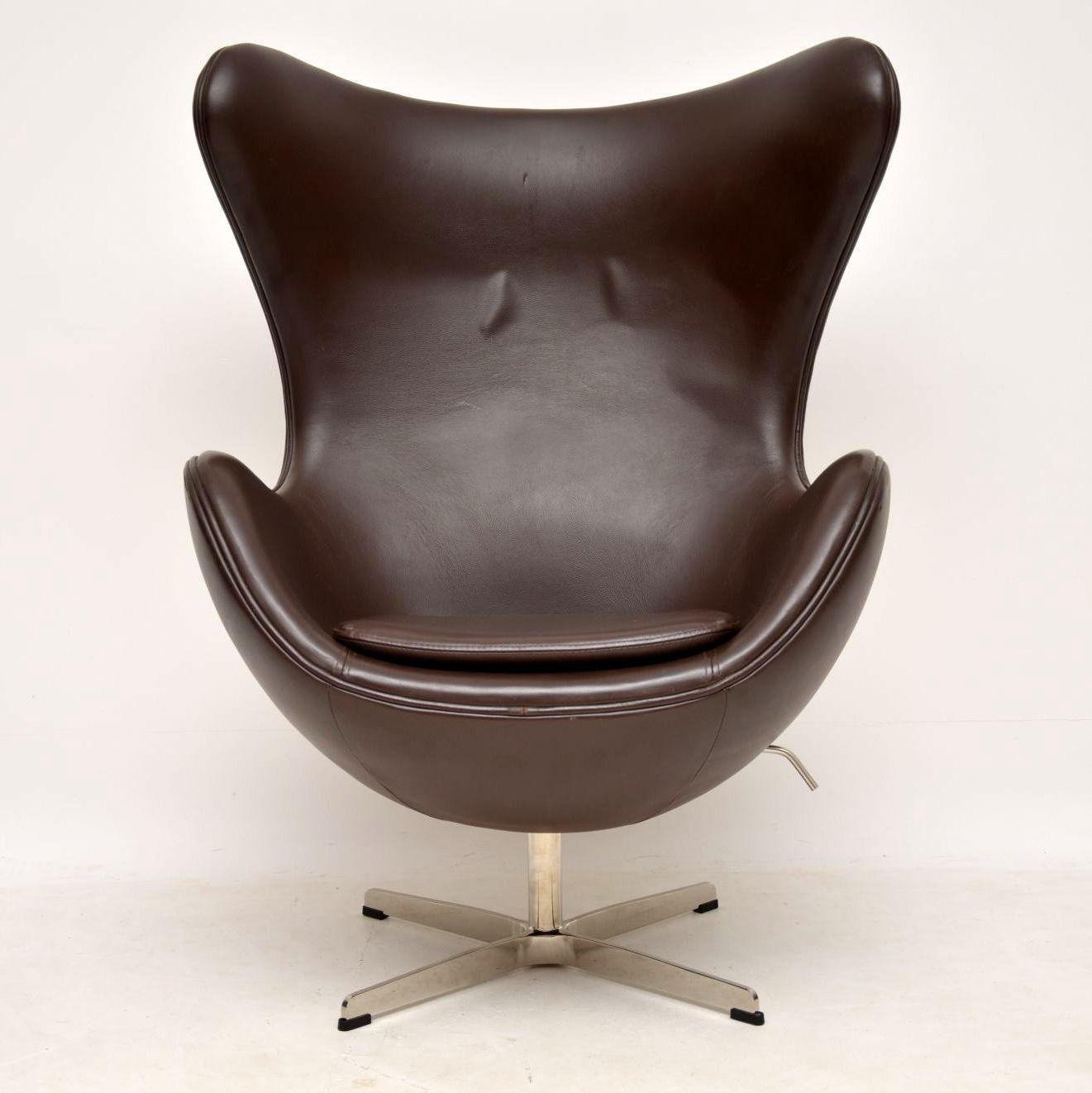 Egg Chair Arne Jacobsen Kopie.Arne Jacobsen Leather Swivel Egg Chair Retrospective Interiors