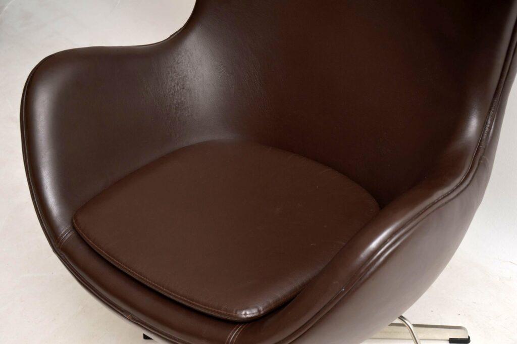arne jacobsen leather swivel egg chair