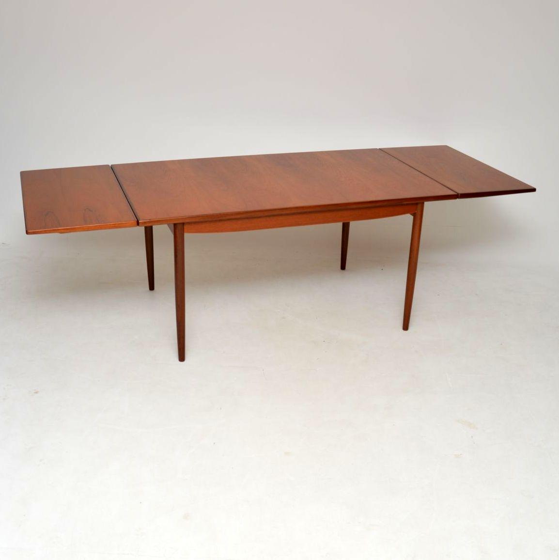 danish_teak_retro_vintage_dining_table_kofod_larsen_4