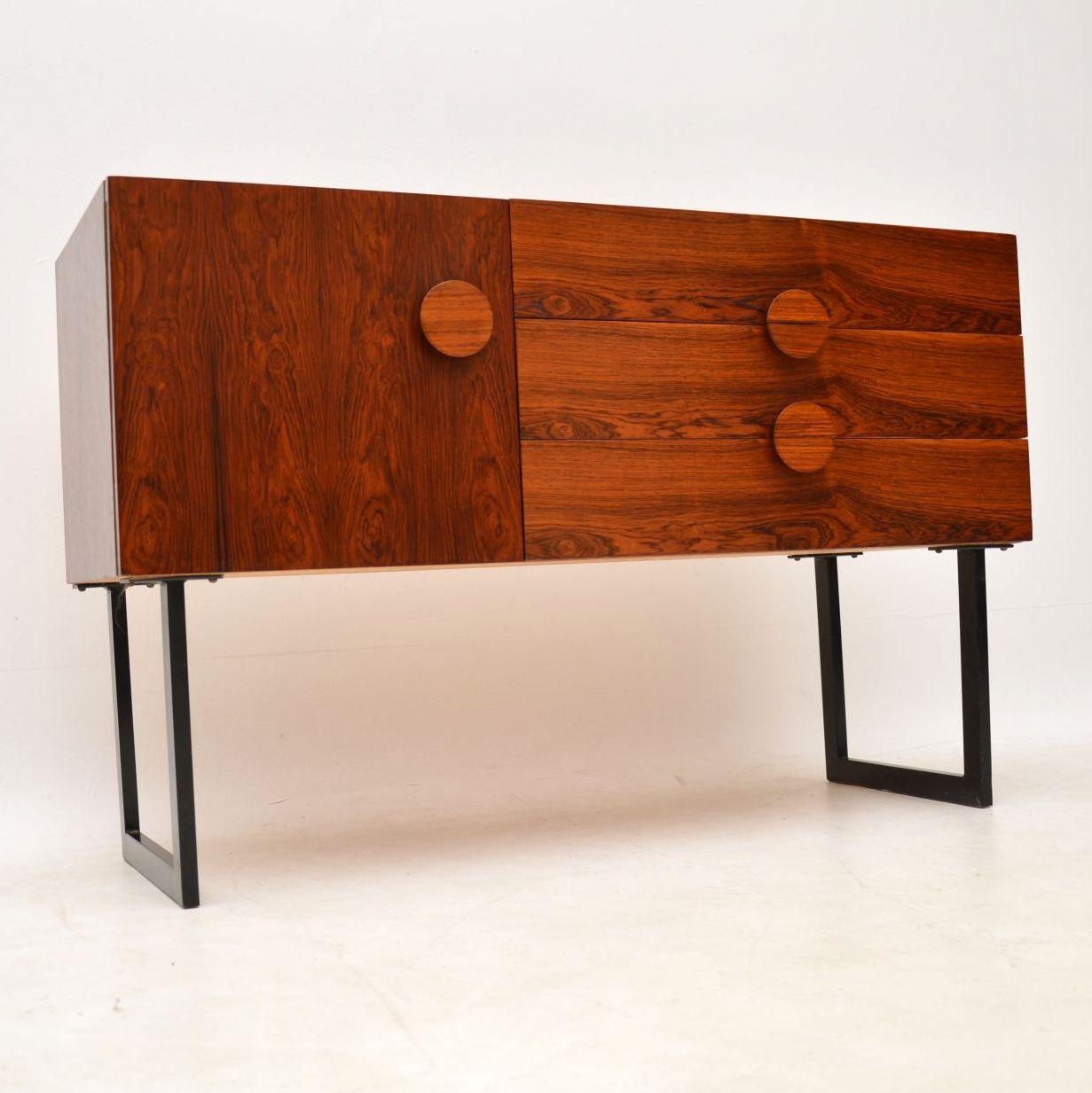 danish_rosewood_retro_vintage_sideboard_table_4