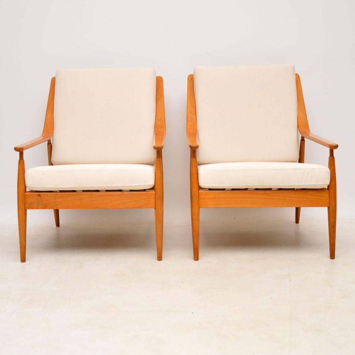 pair_of_danish_retro_vintage_scandart_armchairs_2