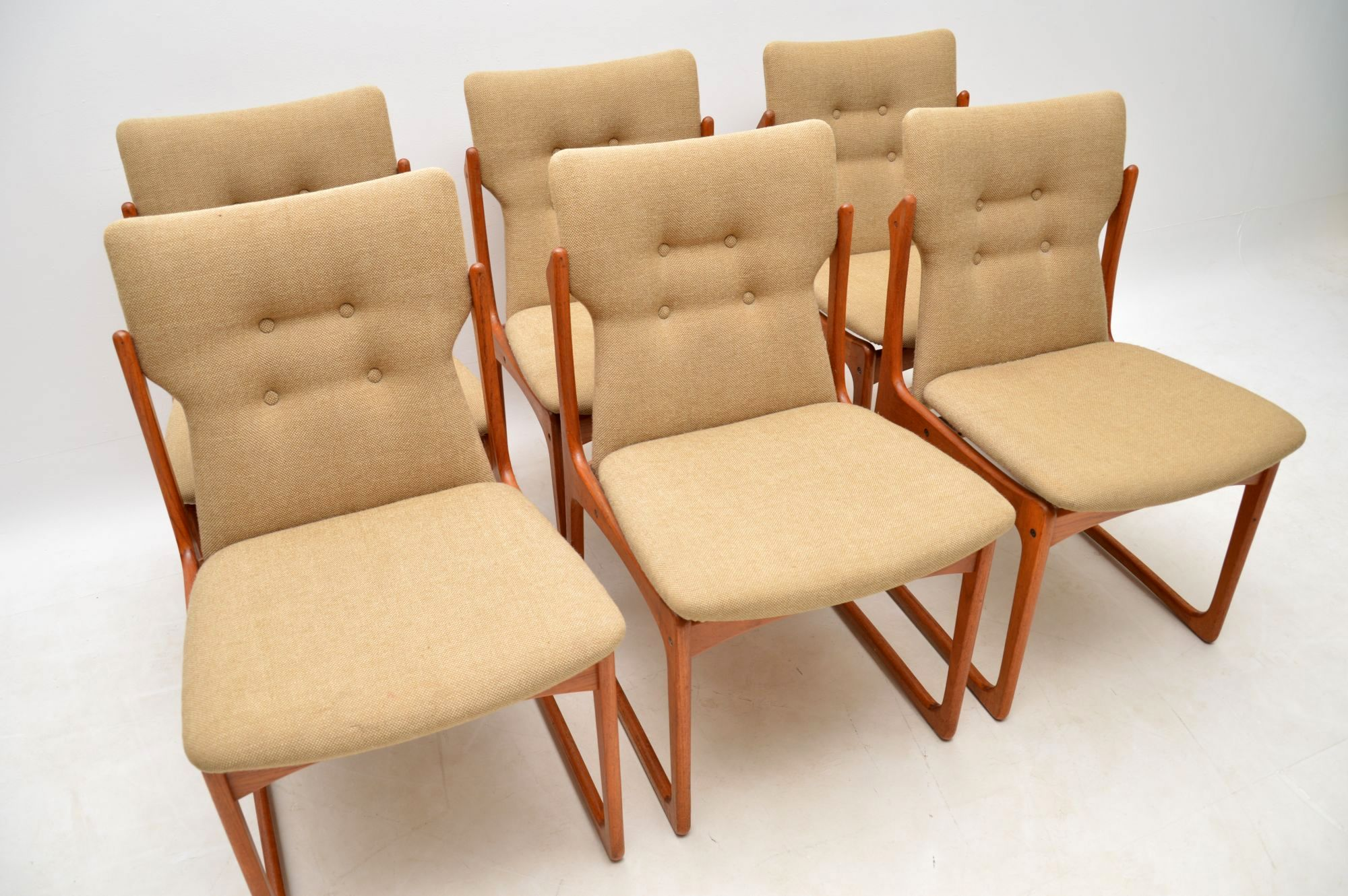 8a6164be56d00 ... 1960 s Set of Danish Vintage Teak Dining Chairs ...