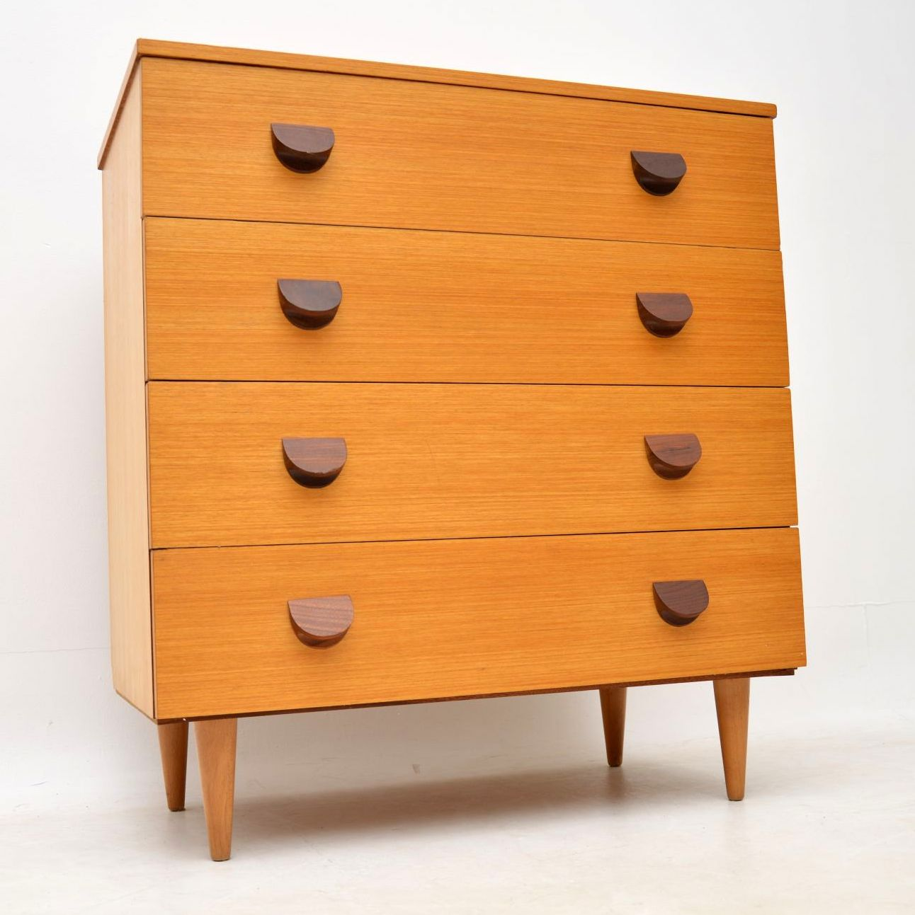 vintage_danish_retro_chest_of_drawers_1