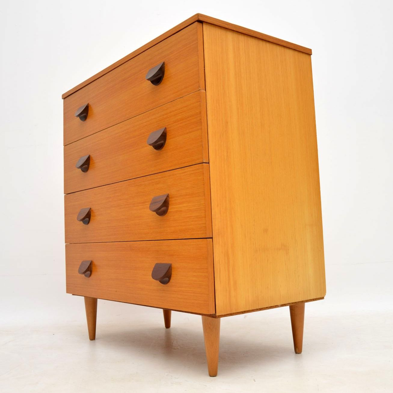 vintage_danish_retro_chest_of_drawers_4