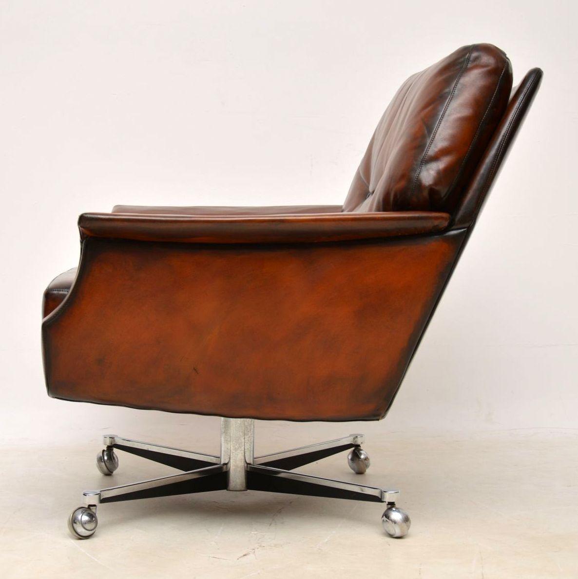 pair_danish_leather_chrome_swivel_armchairs_11