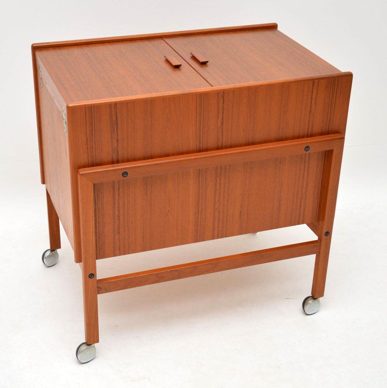 danish teak retro vintage drinks trolley bar cart arrebo mobler andreas hansen