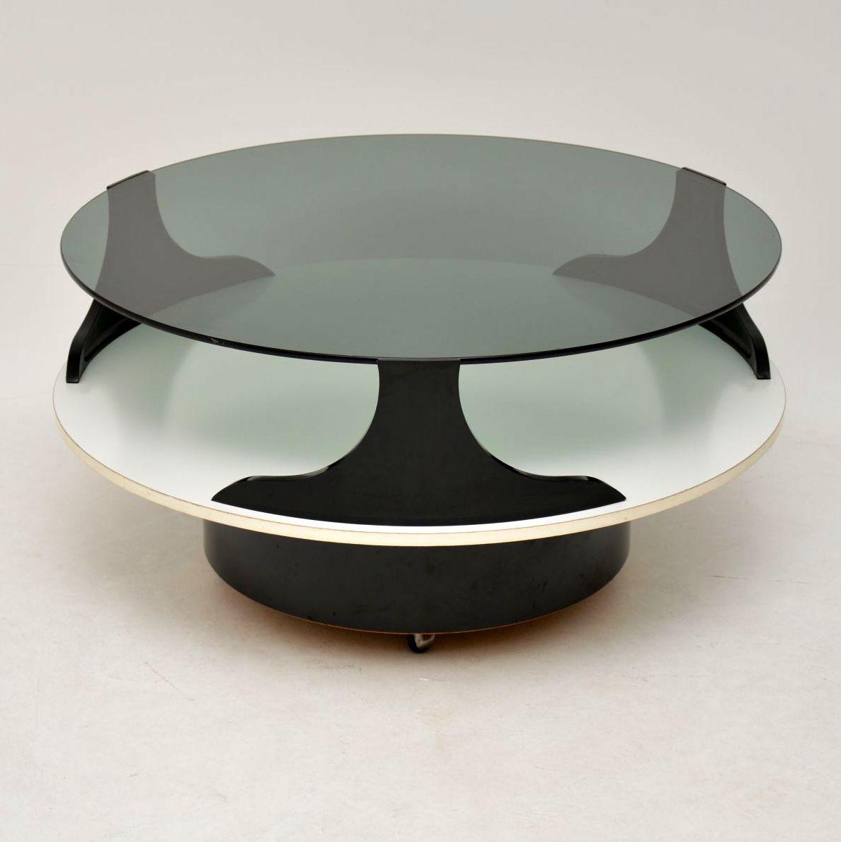 Groovy 1960S Vintage Italian Coffee Table Retrospective Beutiful Home Inspiration Xortanetmahrainfo