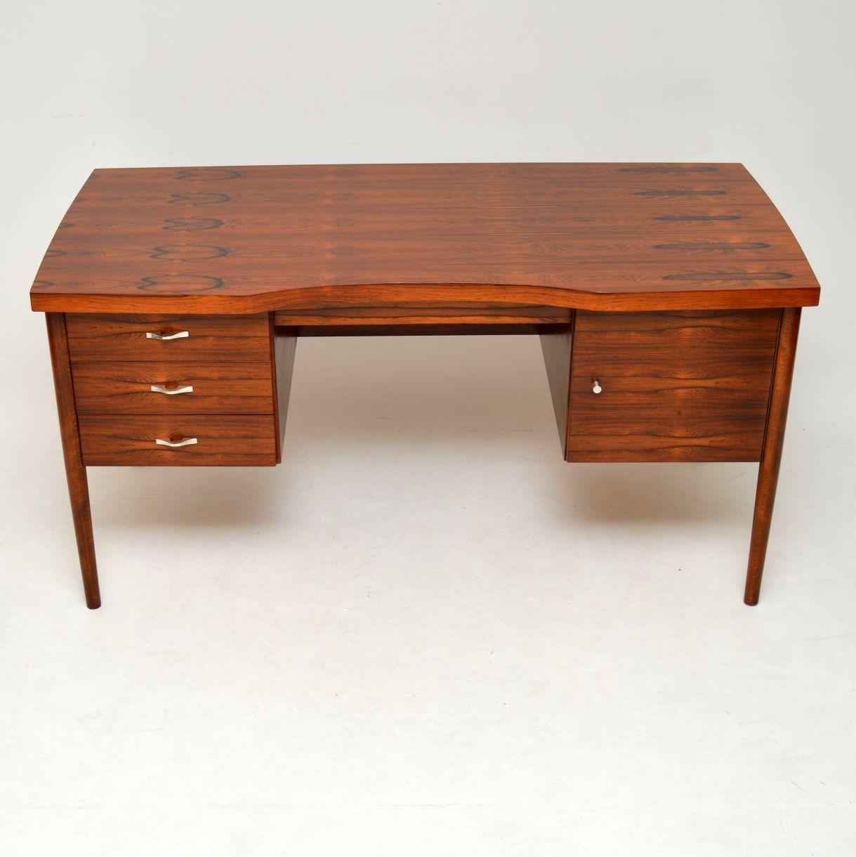 danish_rosewood_retro_vintage_desk_2