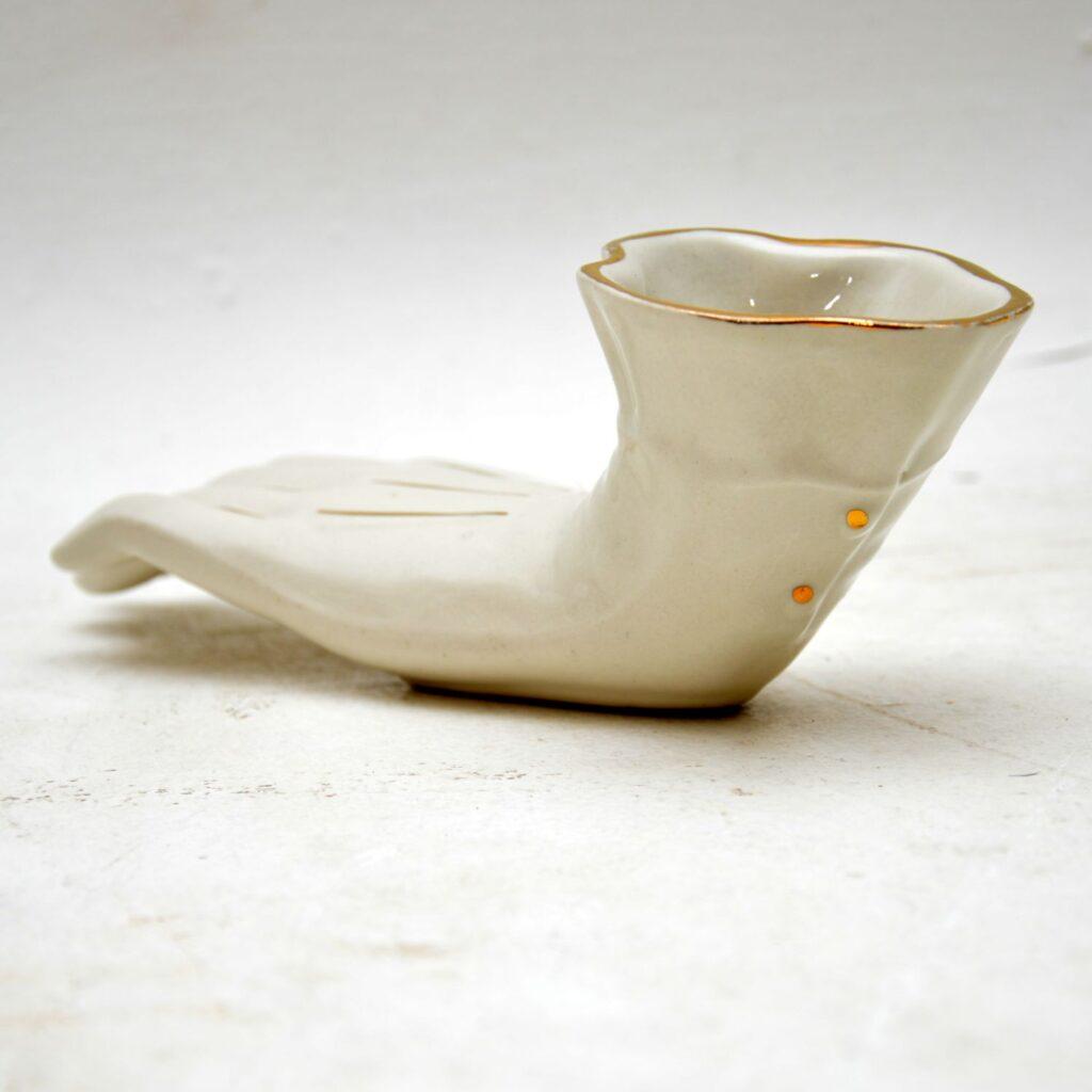 retro vintage ceramic porcelain glove pencil holder