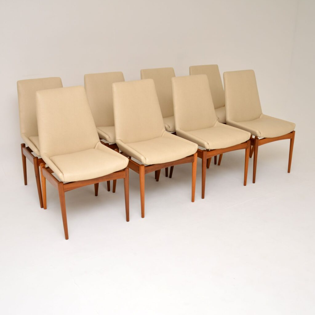 robert heritage archie shine walnut hamilton dining table and chairs