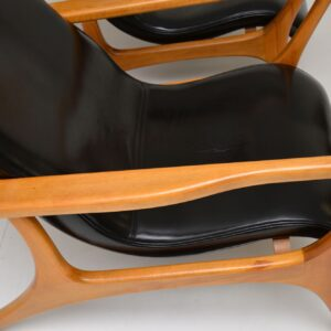 Pair of Vintage Leather Armchairs in the Manner of Vladimir Kagan